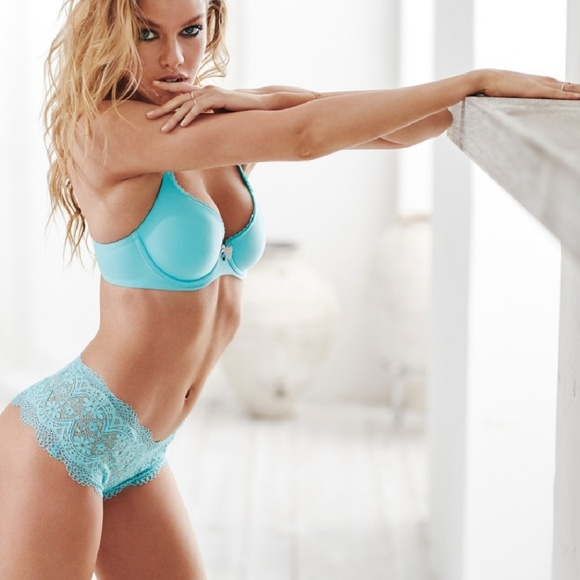 4989094e77 NWT- Victoria Secret Crochet Lace Boyshort Panty